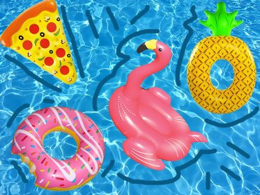 Fenicotteri gonfiabili: il nuovo trend del divertimento estivo